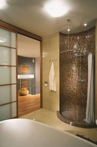 дизайн совмещенной маленькой ванной