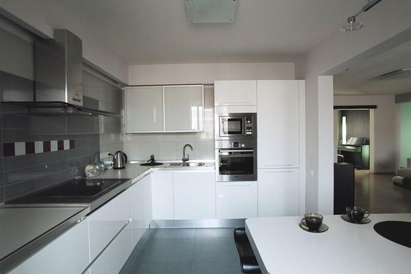 интерьер кухни.  Квартира. ракурс. другие помещения и зоны.